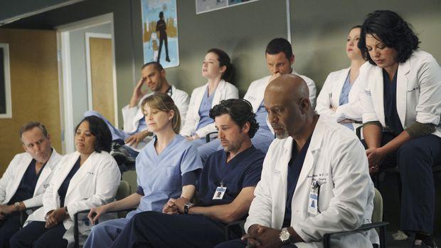 Als die Opfer eines Amoklaufs eingeliefert werden, sehen sich die Ärzte mit i...