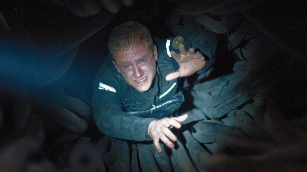 Gerade ist Astronaut Bower (Ben Foster) aus einem Tiefschlaf erwacht. Allerdi...