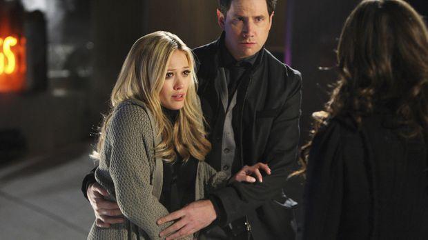 Elis (Jamie Kennedy, M.) Nachbarin Morgan Jeffries (Hilary Duff, l.) wird von...