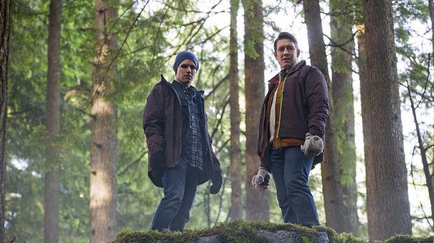 Ist es wirklich eine gute Idee von Stephen (Robbie Amell, l.), Peter (Robert...