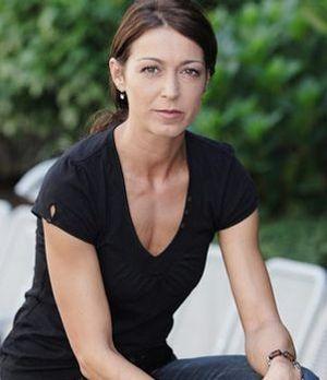 Nicole Wilms - Biografie - Niedrig und Kuhnt