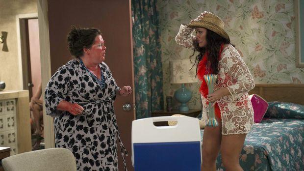 Machen einen ganz besonderen Urlaub: Molly (Melissa McCarthy, l.) und Victori...