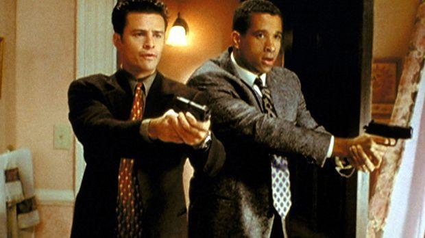 Andy Trudeau (T. W. King, l.) und Darryl Morris (Dorian Gregory, r.) haben Sc...