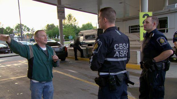 An der kanadischen Grenze haben die Beamten alle Hände voll zu tun - die Gren...