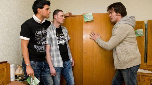 """Die Wohnprofis Volker Harzdorf und Mick Wewers von """"Neu für Null"""" g..."""