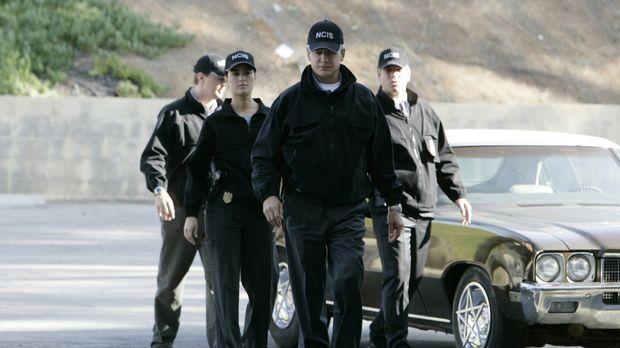 Rebecca Jennings und ihr Ex-Verlobter Kevin Nelson  werden beim NCIS vorstell...