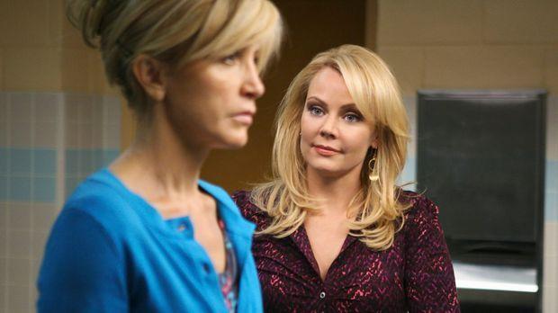 Zwischen Lynette (Felicity Huffman, l.) und Anne Schilling (Gail O'Grady, r.)...