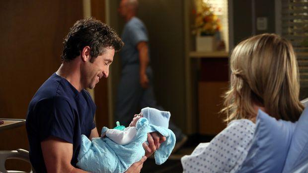 Die frisch gebackenen Eltern Derek (Patrick Dempsey, l.) und Meredith (Ellen...