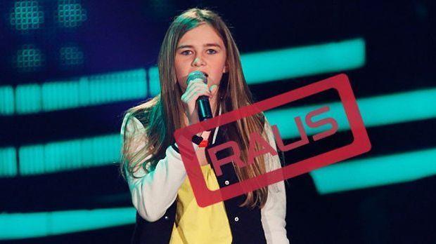 The-Voice-Kids-Stf03-RAUS-Leonie-SAT1-Richard-Huebner