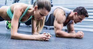 Trotz Sport nehmen Sie nicht ab? Das kann am Muskelaufbau liegen. Denn sie wi...