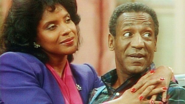 Clair (Phylicia Rashad, l.) und Cliff (Bill Cosby, r.) haben sich wieder vers...