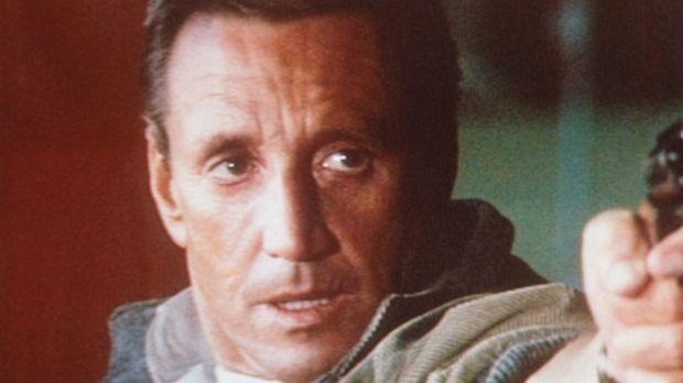 Frank Murphy (Roy Scheider) entführt den Helikopter und wird plötzlich zum 'S...