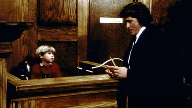 Jonathan (Michael Landon, r.) kann von Matty (Billy O'Sullivan, l.), dem Sohn...