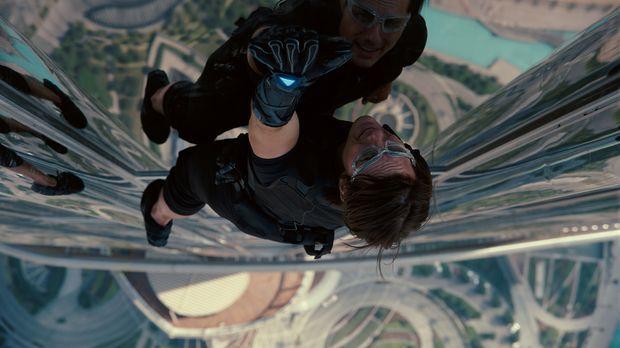 Achthundert Meter in die Tiefe könnte Ethan Hunt (Tom Cruise) bei seinem gewa...