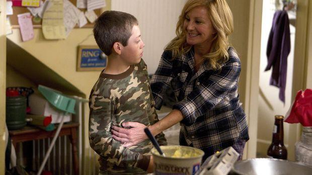 Alles so wie früher? Die Rückkehr Monicas (Chloe Webb, r.) sorgt im Hause Gal...