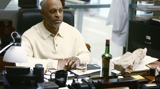 Die Schlinge um seinen Hals zieht sich immer weiter zu: Webber (James Pickens...