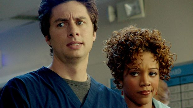 Kylie (Chrystee Pharris, r.) besucht J.D. (Zach Braff, l.) in der Klinik, der...