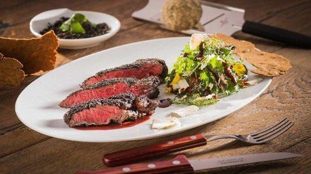 Flat Iron Steak à la Carlos