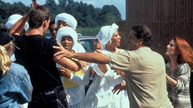 Anfang der 80er-Jahre bringt die Ermordung eines jungen Afro-Amerikaners das...