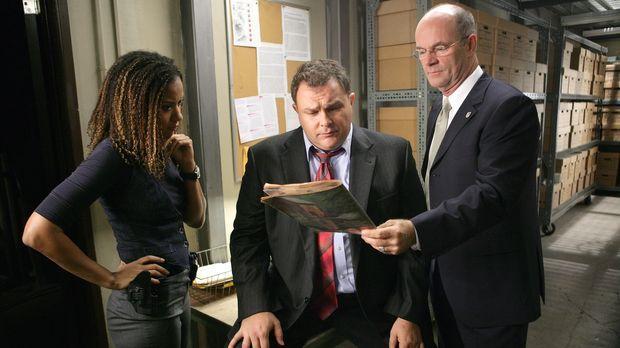 Kat Miller (Tracie Thoms, l.), Det. Nick Vera (Jeremy Ratchford, M.) und Lt....