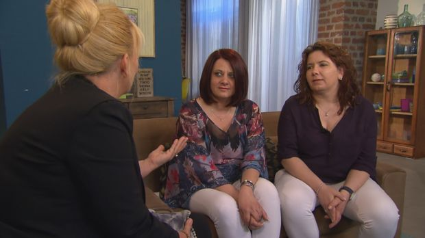 Als Jasmin und Sonja noch klein waren, starb ihre Mutter bei einem Autounfall...