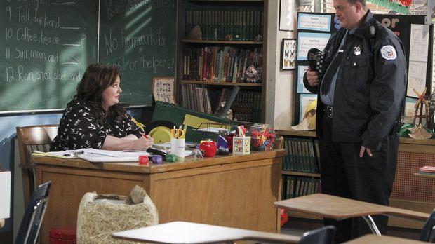 Molly (Melissa McCarthy, l.) wird einfach nicht schwanger und ist kurz davor,...