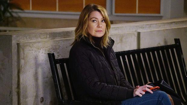 Richard schockiert Meredith (Ellen Pompeo) und die anderen, indem er die Assi...