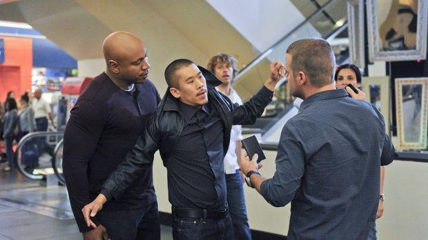 Bei den Ermittlungen in ihrem neuen Fall geraten Sam (LL Cool J, l.), Deeks (...