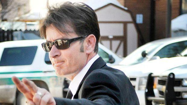 """Charlie Sheen HIV-positiv?: """"Two and a Half Men""""-Star gibt Enthüllu..."""