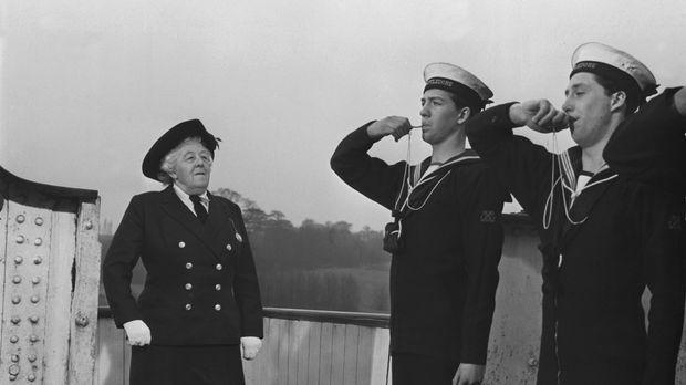 Willkommen an Bord: Hobbydetektivin Miss Marple (Margaret Rutherford, l.) ken...