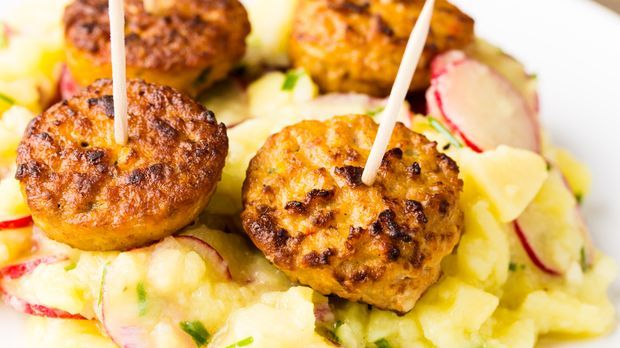 Gemüsefrikadellen mit Berliner Kartoffelsalat