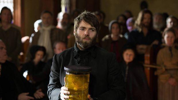 Reverend Mather (Seth Gabel) ist sich sicher, dass die Monstrengeburt eine Kr...