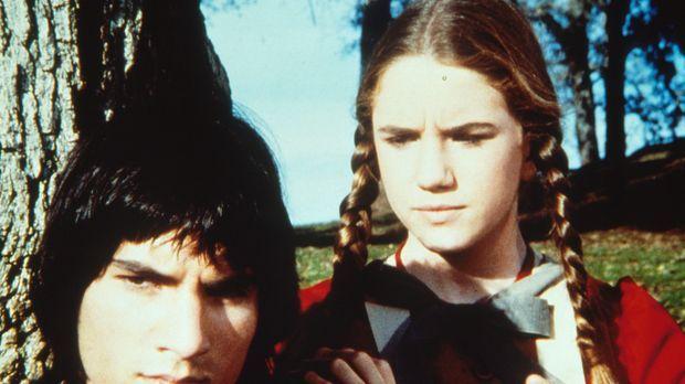 Laura Ingalls (Melissa Gilbert, r.) versucht Daniel Page (Alban Branton, l.)...