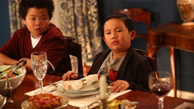 Eddie (Hudson Yang, l.) hat einen neuen Mitschüler. Phillip Goldstein (Albert...