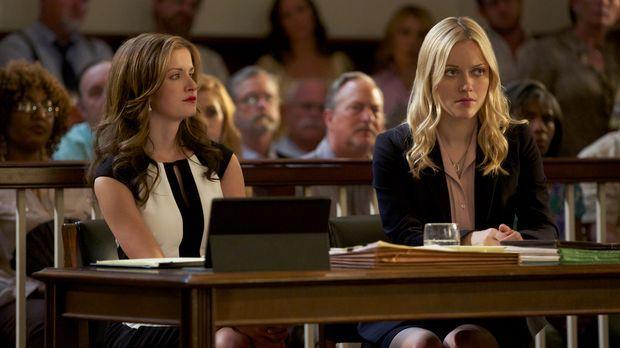 Jamie (Anna Wood, l.) tut alles, um für ihre Klientin Lee Anne (Georgina Haig...