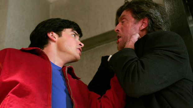 Jetzt geht es Lex' Vater an den Kragen. Clark (Tom Welling, l.) jagd Lionel (...
