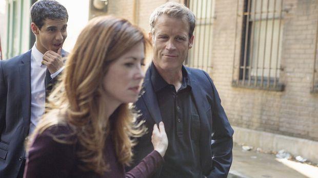 Als Megan (Dana Delany, M.) in den Dienst zurückkehrt, wird sie von einem Man...