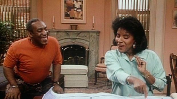Clair (Phylicia Rashad, r.) ist davon begeistert, dass Cliff (Bill Cosby, l.)...
