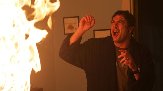 Rückblende: John Winchester (Jeffrey Dean Morgan) macht eine grausame Entdeck...