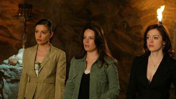 Zaunkous Plan, Paige (Rose McGowan, r.), Phoebe (Alyssa Milano, l.) und Piper...