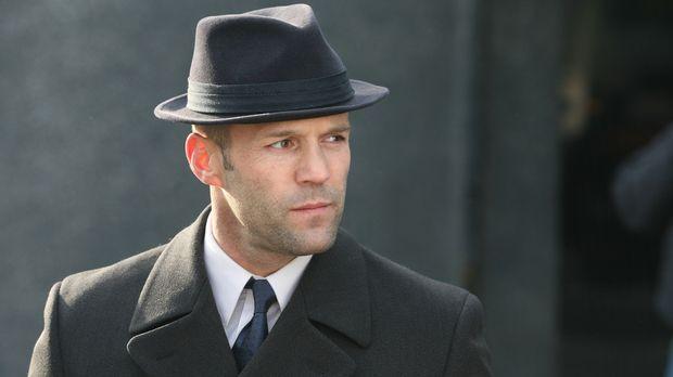 Der ungeplante Mitspieler Vince Ferro zerstört Jasper Bagges' (Jason Statham)...
