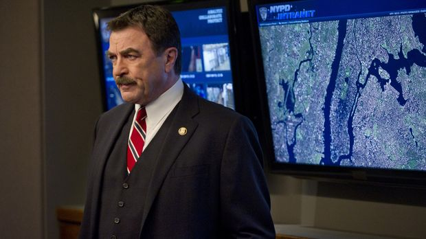 Um mit einer terroristischen Attacke auf New York umzugehen, braucht Frank (T...