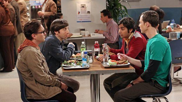 Als Howard (Simon Helberg, 2.v.l.), Leonard (Johnny Galecki, l.), Sheldon (Ji...
