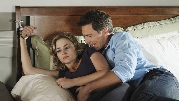 Während Bree versucht, Sam loszuwerden, ist Angie (Drea de Matteo, l.) in den...