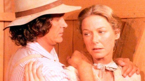 Die Arbeit im Hotel ist schwer, doch Carolina (Karen Grassle, r.) und Charles...