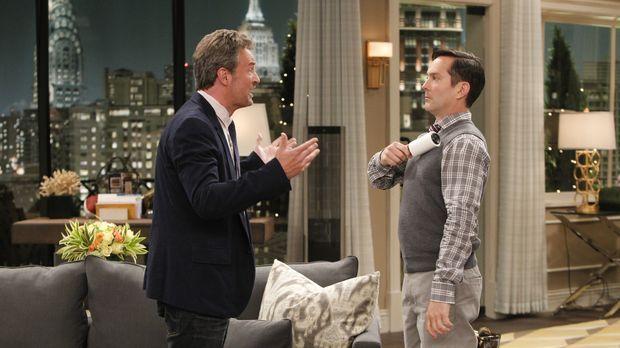 Plötzlich werden die zwei ungleichen Collegefreunde Oscar (Matthew Perry, l.)...