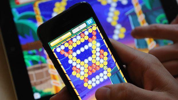 handy-game © Verwendung weltweit, usage worldwide