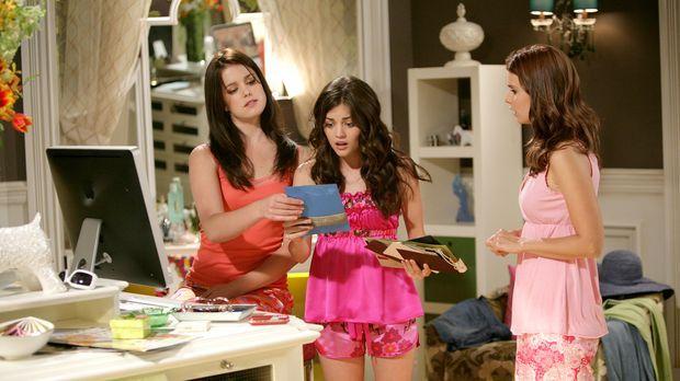 Schon bald wird Megan (Joanna Garcia, r.) klar, dass sich Sage (Ashley Newbro...