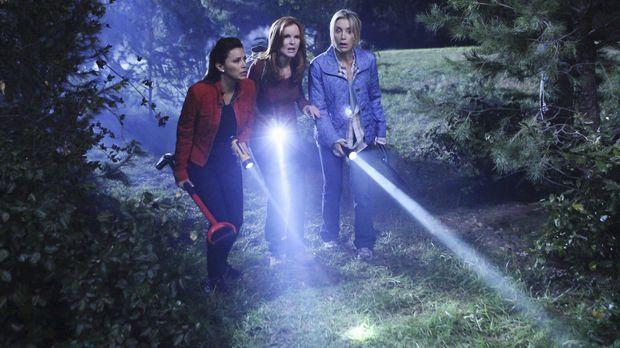 Damit ihre Tat nicht auffliegt, müssen Gabrielle (Eva Longoria, l.), Bree (Ma...