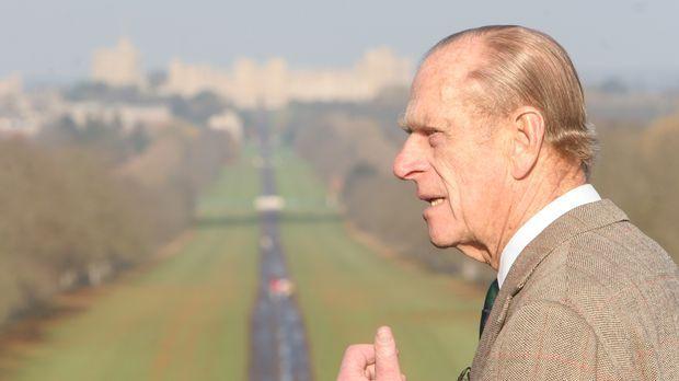 Prinz Philip präsentiert Windsor Castle und seine einmaligen Parkanlagen ......